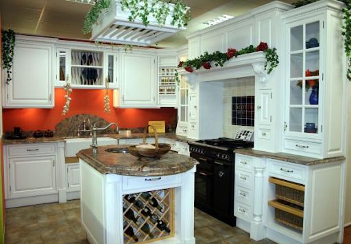 Bespoke Kitchen Furniture and Design Ideas through in House Designs - Bespoke Kitchen Color