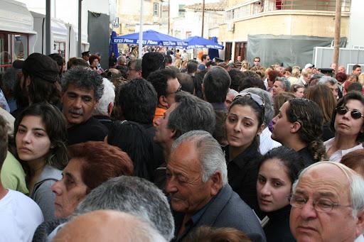 [Image: 06+Apr+08+Nicosia+Ledra+Street+Returning...aci+02.JPG]