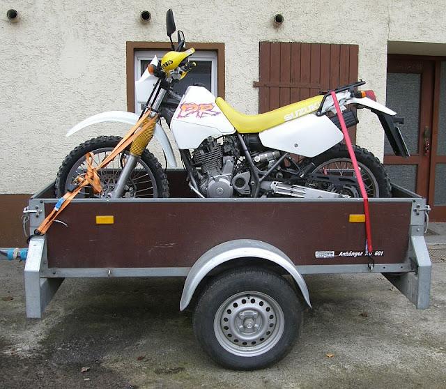 beratung bike beim transport richtig verzurren biker stammtisch motorrad online24. Black Bedroom Furniture Sets. Home Design Ideas