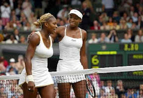 venus-williams-french-open-outfit-serena-williams-wardrobe-malfunction-create-buzz