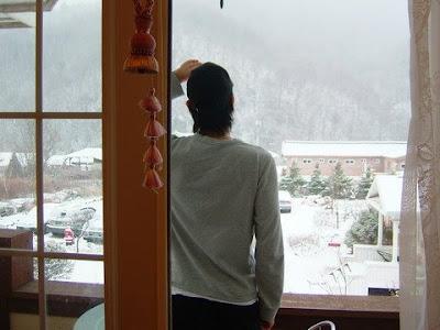 눈오는 창밖을 바라보며 [눈,snow]
