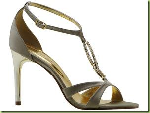 823000811a A linha de sandálias de festa da Stéphanie Classic apresenta opções para  todos os estilos. As mais clássicas podem optar por modelos pretos ou tons  claros