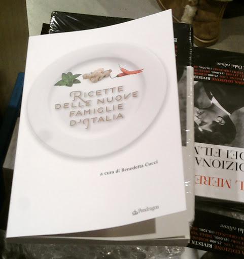 Ricette delle nuove famiglie d italia il libro vivere for Nuove ricette cucina