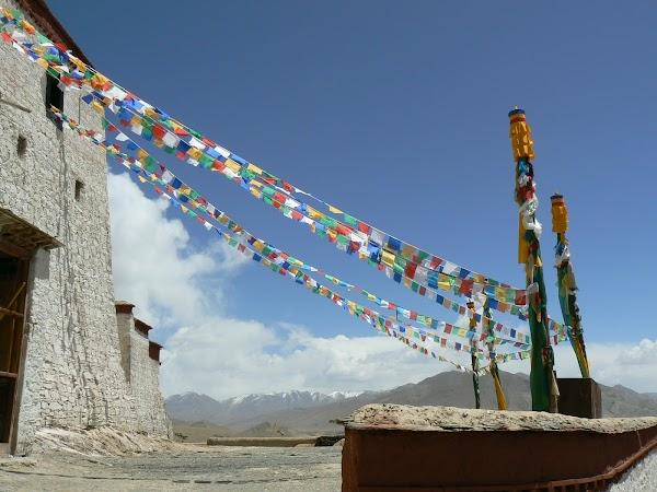 Obiective turistice Tibet: spre varful dzongului din Gyantse