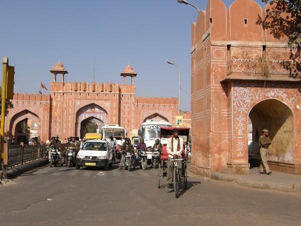 Obiective turistice India: Jaipur, orasul rosu.JPG