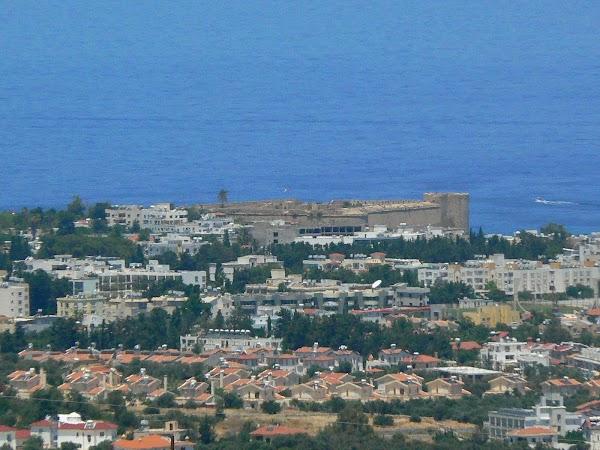 Obiective turistice Cipru de Nord: Girne Kyrenia.JPG