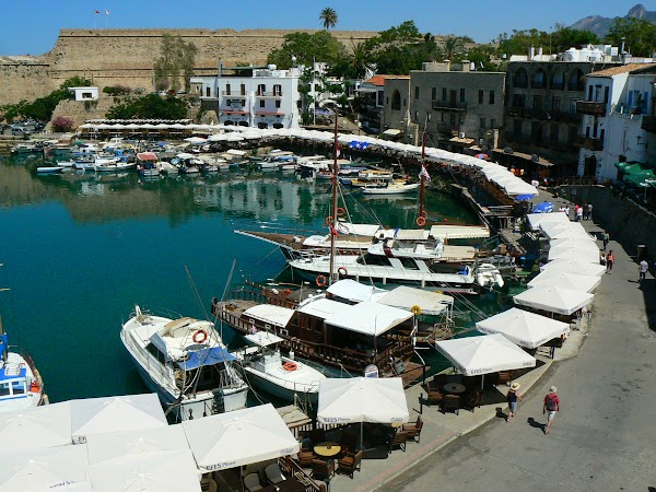 Obiective turistice Cipru de Nord: portul Kyrenia