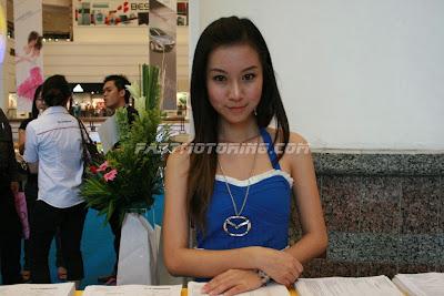 Mazda 3 Girl