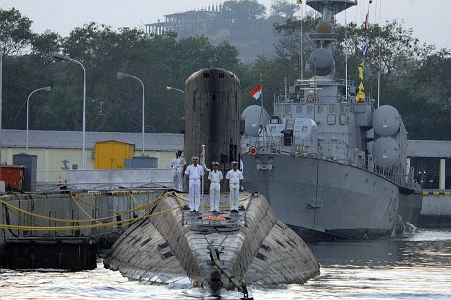 Indian Navy Image Gallery Wallpapers: Indian Navy Submarine [Wallpaper]