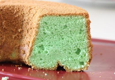 close-up photo of pandan chiffon cake