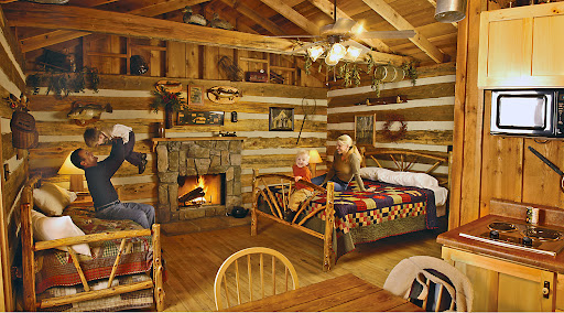 The wilderness at silver dollar city in missouri for Cabins near silver dollar city