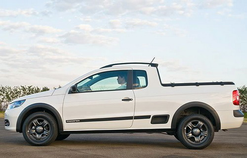 Volkswagen has presented updated pickup Saveiro
