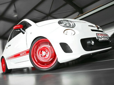 Fiat 500 Abarth with red disks