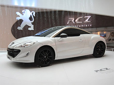 Company Peugeot has presented sports coupe RCZ