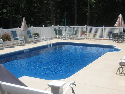 Colored Brushed Concrete Pool Deck Stamp Concrete Pool