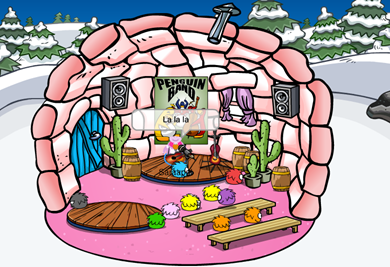 Saraapril's Country Stage Igloo :)