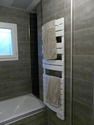 la construction de notre maison salle de bain finie. Black Bedroom Furniture Sets. Home Design Ideas