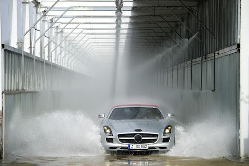 Mercedes-SLS-AMG-Roadster-04.jpg