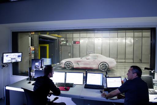 Mercedes-SLS-AMG-Roadster-08.jpg
