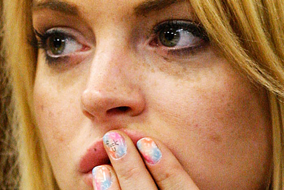 lindsay-lohan-manicure-nails-photos-and-pictures