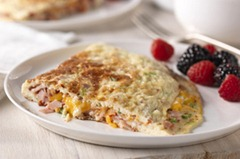 Sundried-Tomato-Ham-Cheese-Omelet