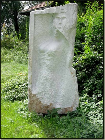 Eva Burkey's sculpture - Balance