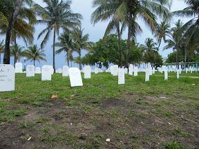 021 - Un memorial improvisado.JPG