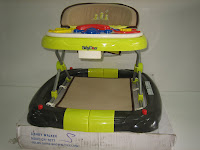 1 Baby Walker BABYDOES CH1077