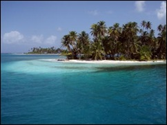 im2Although harder to find, there are still amazing areas of tropical beauty that will leave even the most jaded word-traveler breathless, such as the Coco Banderos Cays in Panama's San Blas Islands