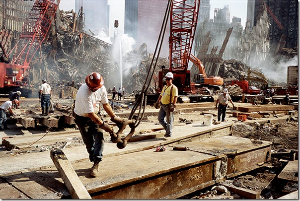 joel meyerowitz - Ironworkers at Ground Zero  2001