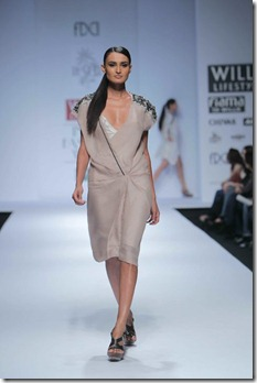 WIFW SS 2011 collection by Vineet Bahl (23)