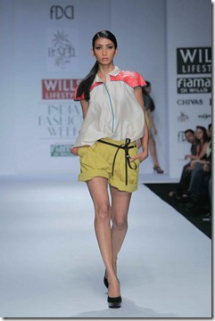 WIFW SS 2011 collection by Vineet Bahl (13)