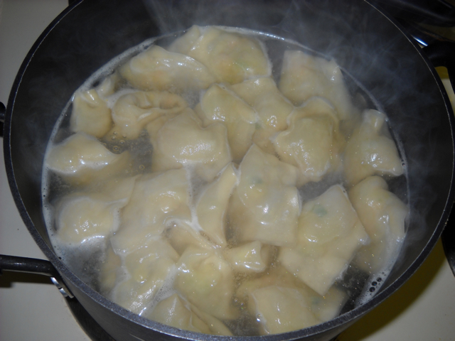 boiling pot stickers in water