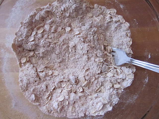 dry ingredients with butter and oats added