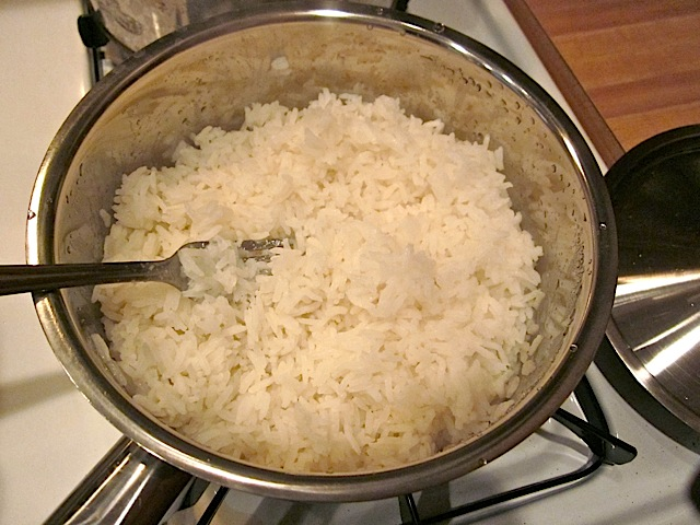 cooked jasmine rice in pot
