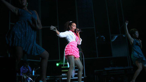 Crystal Kay on her Color change! tour