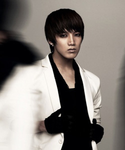 2PM's Junsu in his 1:59pm promo shot