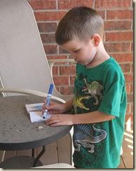 design a leprechaun trap draw your idea