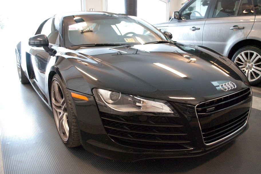 2009 phantom black audi r8 v8 6mt for sale. Black Bedroom Furniture Sets. Home Design Ideas
