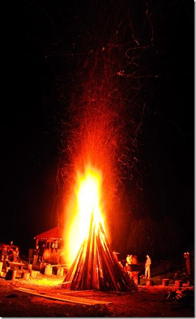 camp-fire-1