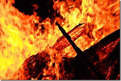 camp-fire-revolutions-3
