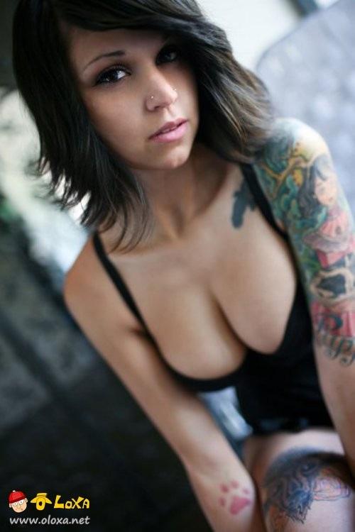 as mais lindas e sexy garotas tatuadas (9)