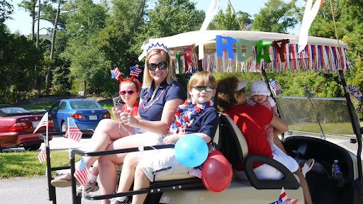 4th of july parade - Royall Oaks Emerald Isle North Carolina