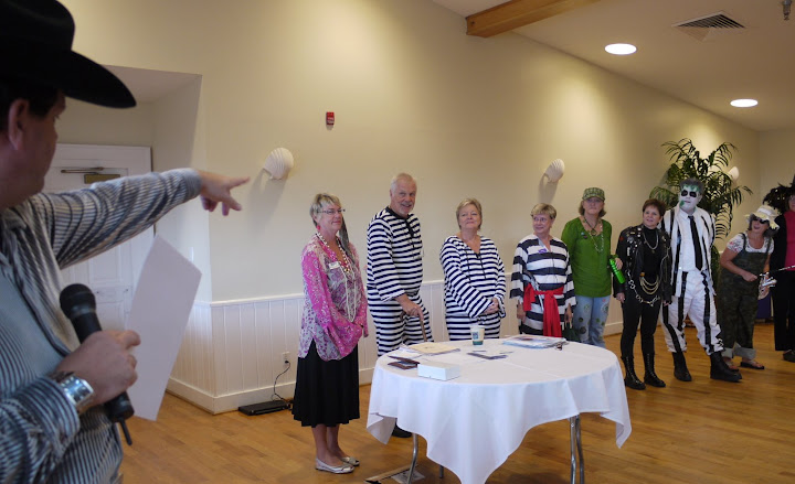 Bill Gallagher teaches at the Crystal Coast for some Halloween Fun, group 2