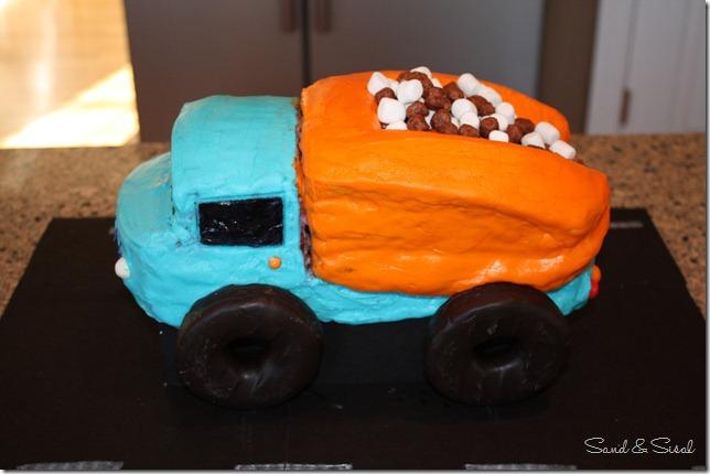 Mark's dumptruck cake