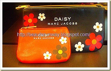 Marc Jacobs Daisy Pouch