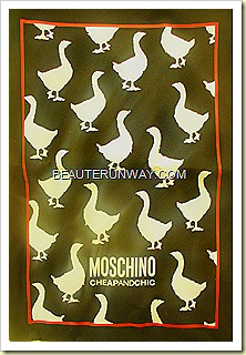 Moschino Cheap and Chic goolden goose