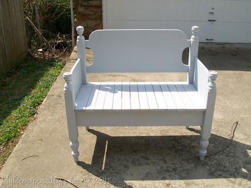 Lovely white twin headboard bench