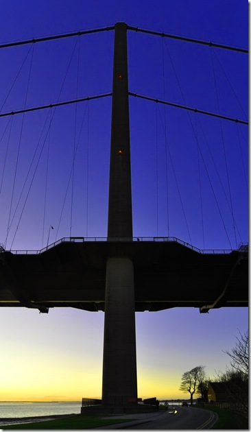 humber bridge at dusk 2