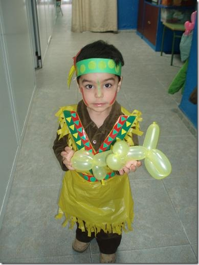 Hacer Disfraz India Disfraz De Indio Hecho Con Bolsas With Hacer - Hacer-disfraz-india